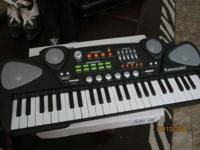 NICE KAWASAKI KEYBOARD FOR SALE....LIKE NEW. ASK $25