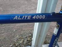 Super Light Bike w/out tires KHS ALITE 4000. This is a