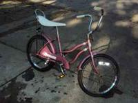 I'm selling a old school banana seat girls bike for