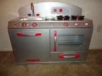 Retro Style Silver Play Kitchen by Kid Kraft. Excellent