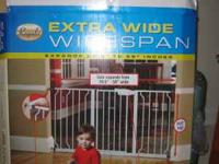 Regalo - Widespan (Extra Wide) Metal Kids gate. Great