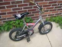 Good condition kids bike Have training wheels if