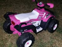 kids Polaris 4 wheeler in great shape for girls comes