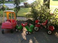 Like new, rarely used, Radio Flyer inchworm ride- on.