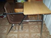 NICE KIDS DESK  CALL OR TEXT THANKS FOR LOOKING
