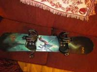 Nice kids snowboard (139). Barely used with a nice set