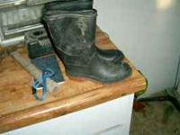 I have kid's snow boots size 13. Save a few dollars,