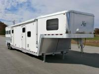Showtime Trailers FINANCING AND DELIVERY AVALIABLE JUST