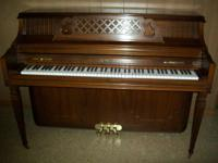 Kimball Artist Console/Upright Piano in excellent