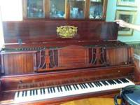 We are selling our well maintained Kimball Consalette