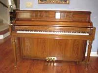 KIMBALL Upright Piano - Like NEW! MOVING MusT SeLL!