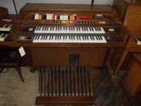 Kimball electrical body organ with Leslie speaker.