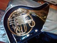 Vintage King double French Horn. All 4 valves and all
