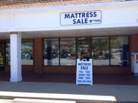 Brand New Name Brand King Mattress Set. Still in