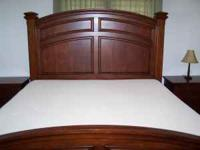 King size bed, 2 nightstands, dresser w/mirror & chest