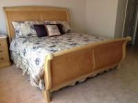 King Size Bedroom Suit in EXCELLENT condition.