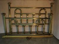 KING SIZE FOUR POSTER BRASS BED: Would Love to see this