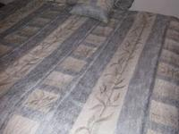 KING SIZE COMFORTER SET (USED) BLUE/TAN BAMBOO PRINT