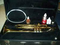 King Trumpet Model 601. Pearl valve tips. Great