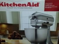 Kitchen Aid 4.5 Quart Tilt-Head Stand Mixer300 watt