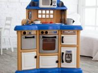 FOR SALE KITCHEN PLAY IN EXCELLENT CONDITION LIKE NEW.