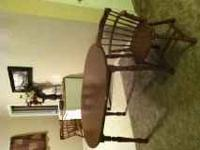 Wonderful solid wood kitchen table with 4 chairs.