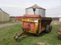 knight manure spreader model 8018 very good condition
