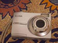 I am selling my Kodak EasyShare C913 Digital Camera. It