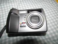 Kodak EasyShare Digital Camera -. Model DX7440 - Comes