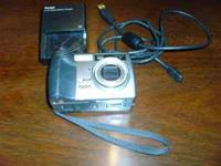 Kodak EasyShare Model DX7440 4.0 Mega Pixel Camera.