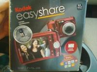 Kodak EZ Share digital camera. Takes great pictures.