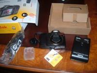 10 mega pexil Digital Kodak Camera , Z915 complete