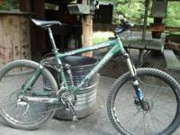 2007 Kona Dawg Deluxe,18 inch frame all mountain,many