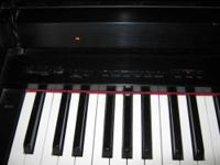Korg Concert 5500 Piano with 6 sounds: Piano, Electric