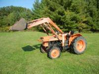 PERFECT running 26 horse KUBOTA diesel tractor 4x4 with