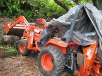 FOR SALE IS A NICE HEAVY DUTY KUBOTA MODEL B2400