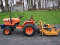 Kubota B7200 4x4 619hrs Standard shift 5' Woods finish