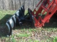 7FT MANUAL SNOW PLOW,FITS KUBOTA OR BOBCAT QUICK