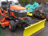VERY NICE KUBOTA MODEL BX2200, 22HP DIESEL ENGINE, 4X4,