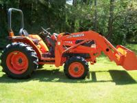 KUBOTA L2900 WITH LOADER 475 HOURS, GLIDE SHIFT