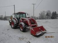 This tractor is like new. It only has 800 hrs on it.