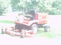 Kubota f2100 front mower. 5' mower deck. 1870 hrs. 4wd.