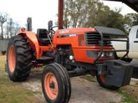 Kubota M4800 tractor. 355 hours. Only used for small