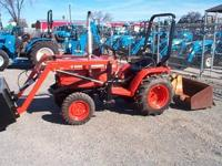 Kubota 1750D 20HP Tractor with Hydrostatic