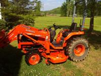 B7800 4X4 Kubota tractor equiped with belly mower ,