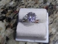 Beautiful pale lilac Kunzite ring with small seed