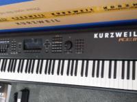 Type:Electronic KeyboardType:KurzweilKurzweil PC3K8