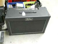 NICE KUSTOM DOUBLE BARREL GUITAR AMP COMBO. LOUD AND