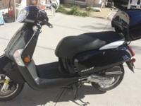 KYMCO LIKE 50 YEAR 2013 BLACK ON BLACK ONLY 285 MILES