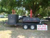THE SMOKER IS IN EXCELLENT CONDITION WITH EVERYTHING IN